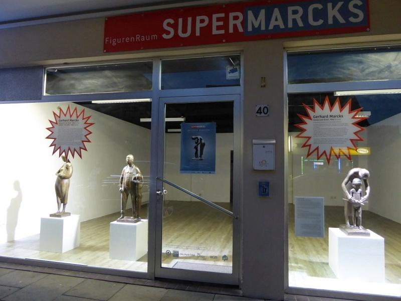 Schaufensterausstellung: Zwischen Menschen
